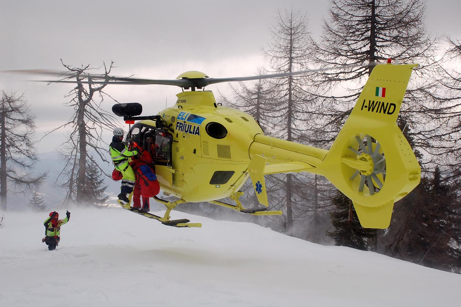 EC135 Elifriulia elisoccorso Cortina