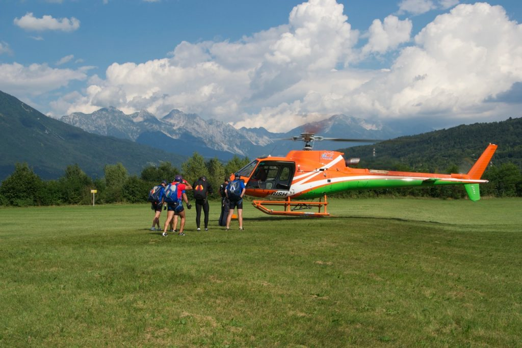 Elifriulia - Paracadutismo lancio da elicottero